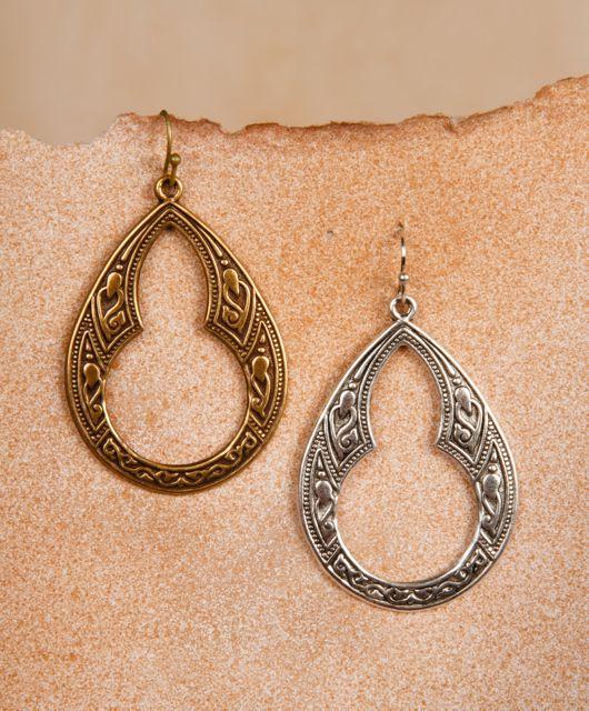 Julio Designs Er 52 With Images Teardrop Earrings Drop Earrings Earrings