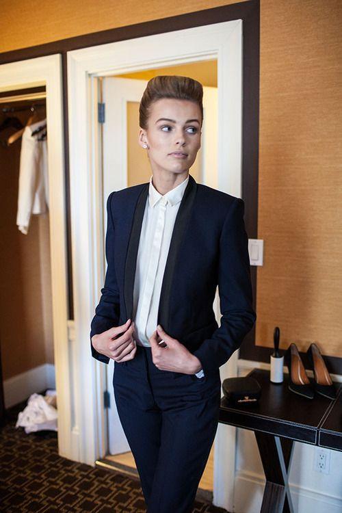 William white interview dress