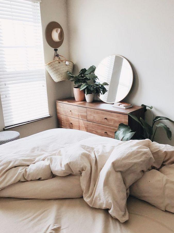 40 Bohemian Minimalist mit Urban Outfiters Schlafzimmer Ideen #bedroomdesignminimalist
