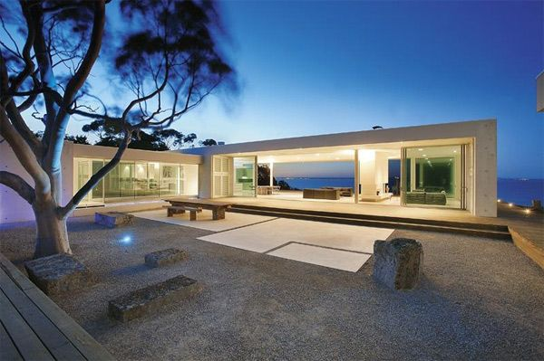 Modern Glass House Contemporary Cliff Top House With