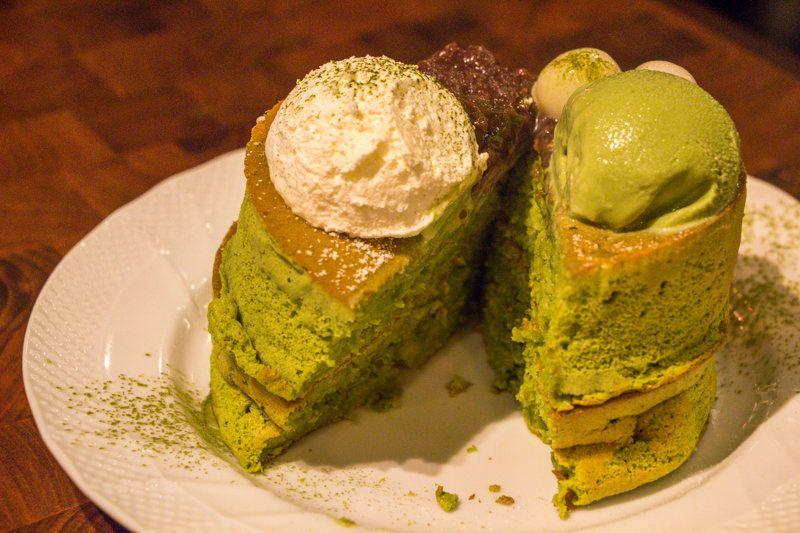 宇治金時のスフレパンケーキを食べてみた感想(夏限定)   星乃珈琲だいすきクラブ