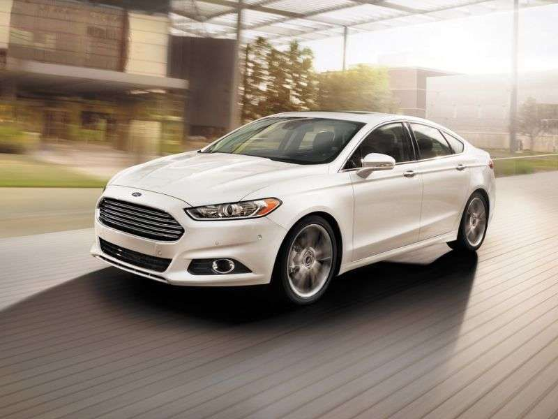 Superior 10 Family Cars With The Best Gas Mileage