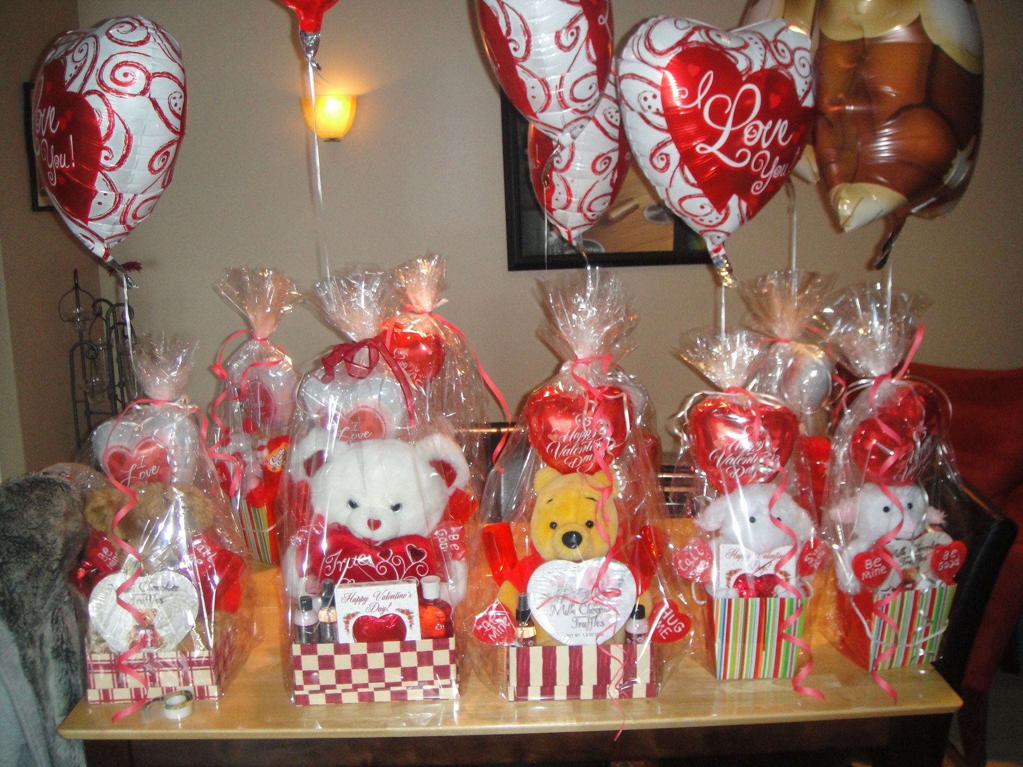Valentine Gift Baskets Valentines Sweets Gifts
