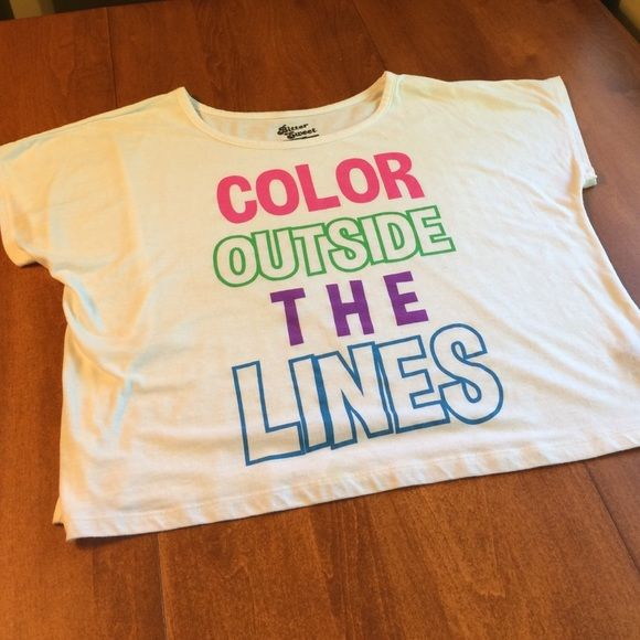 "White graphic tee. ❌Trades ❌PP ✅Bundles  White short sleeve crop top with colored letters ""Color outside the lines."" Delias Tops"