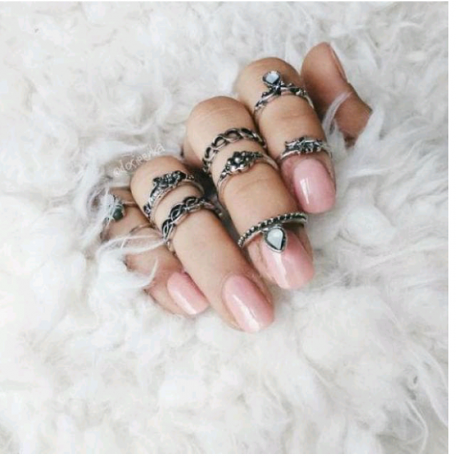Do You Wear Your Rings Ring Set Style Fashiongirl Nailart