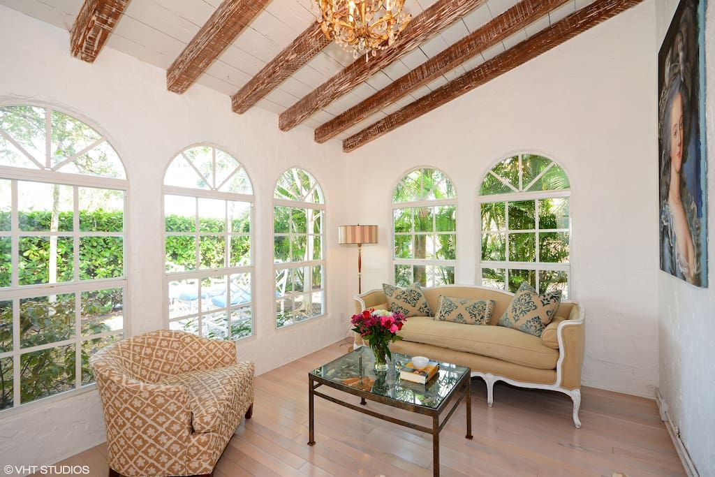Casa Lola Houses For Rent In West Palm Beach Beach Vacation Rentals House Rental West Palm Beach