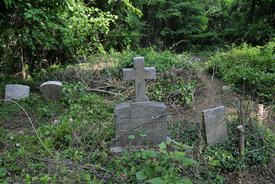 Marty Shelton and wife, Leigh Anne, organized a community effort to clean up the Bethel Cemetery near Huntington a few weeks ago, and said they are still in need of volunteers and equipment. Most of those buried in the cemetery, which has become overgrown and rundown, are African-American veterans.