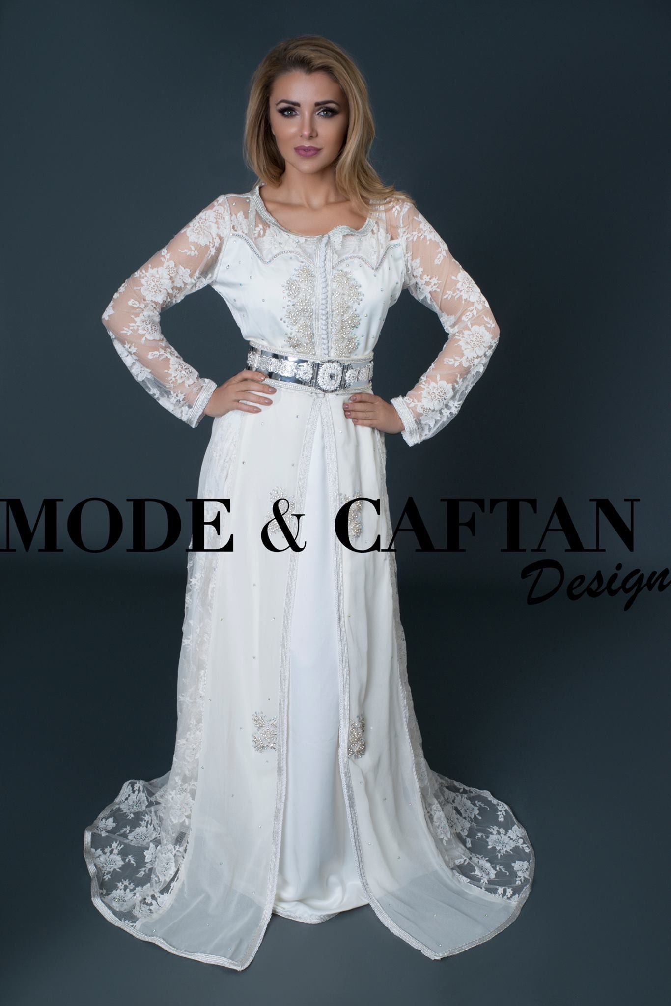 Caftan Alliance Une belle takchita blanche pour un mariage raffinée à petit  prix 335950b91a7