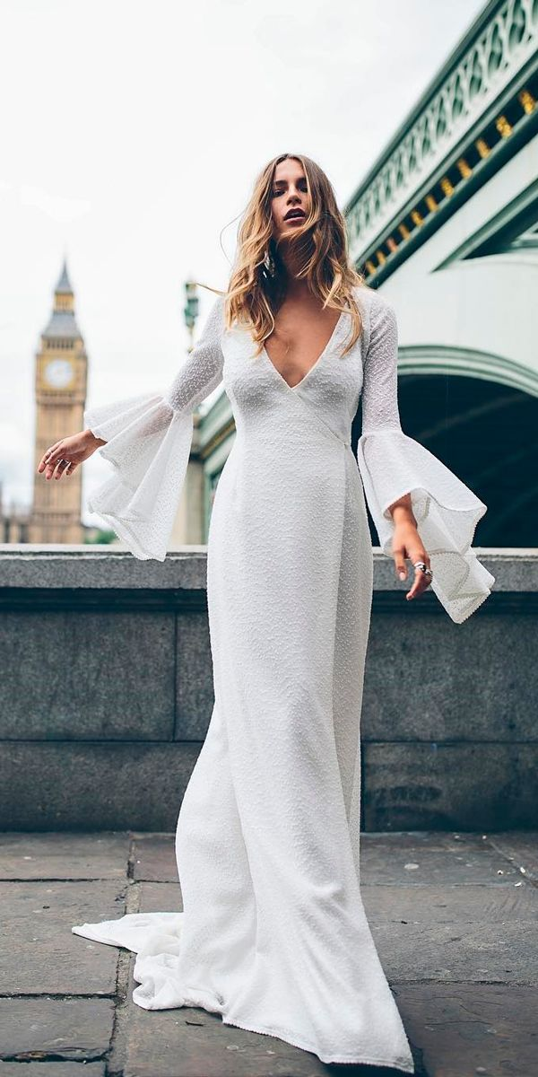 33 Cute Modest Wedding Dresses To Inspire Wedding Forward Modest Wedding Dresses Stylish Wedding Dresses Classy Wedding Dress
