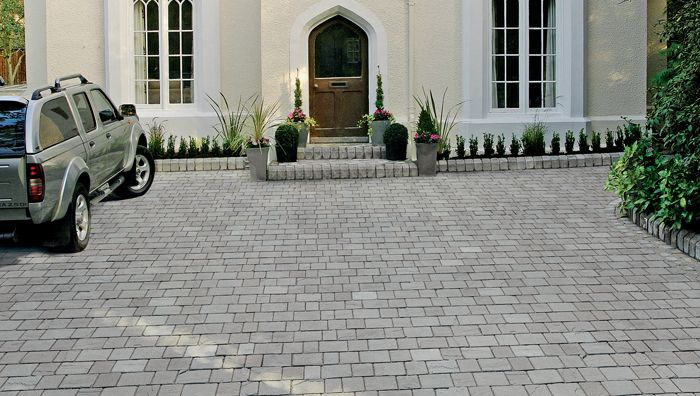Fairstone Driveway Setts | Driveway design, Driveway, Driveway paving