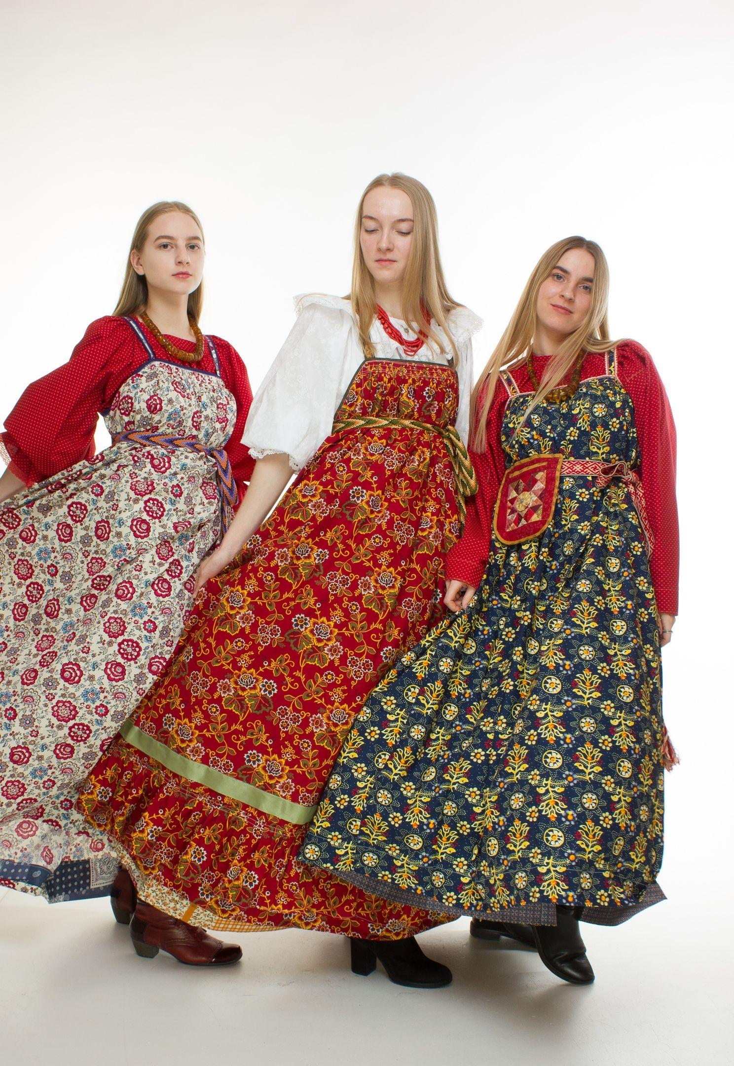 современный русский народный костюм фото для них расставлялись