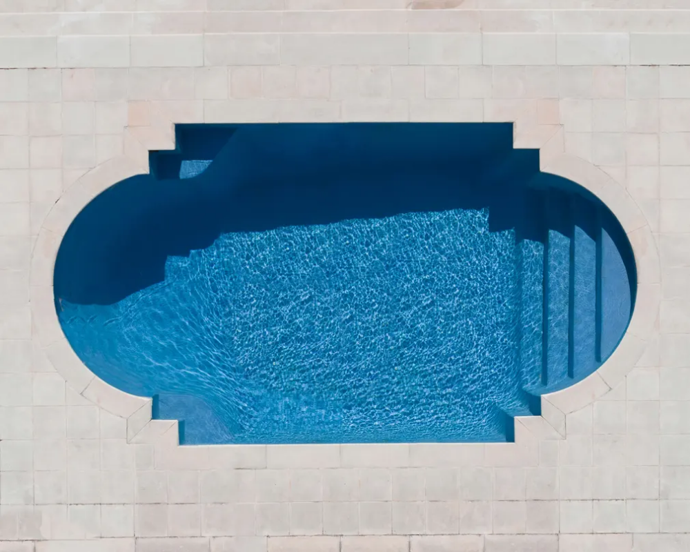 A New Perspective Swimming Pools From Above In Pictures Swimming Pools Swimming Pool Designs Birds Eye