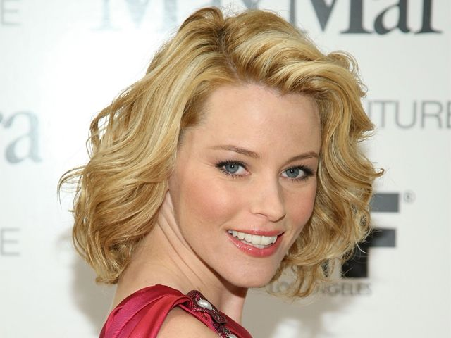 Elizabeth Banks Medium Short Hair Medium Hair Styles Elizabeth Banks