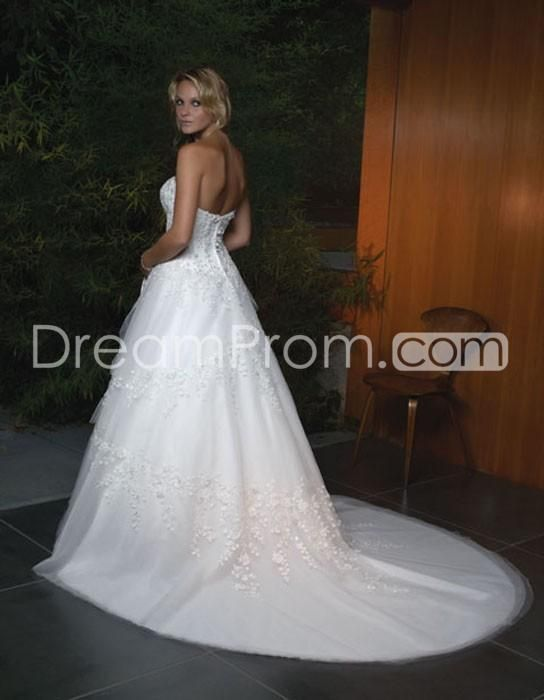 US $247.09 Free Shipping Elaborate A-Line/Princess Sweetheart Chapel Appliques Organza Bridal Gowns (3AA0082)