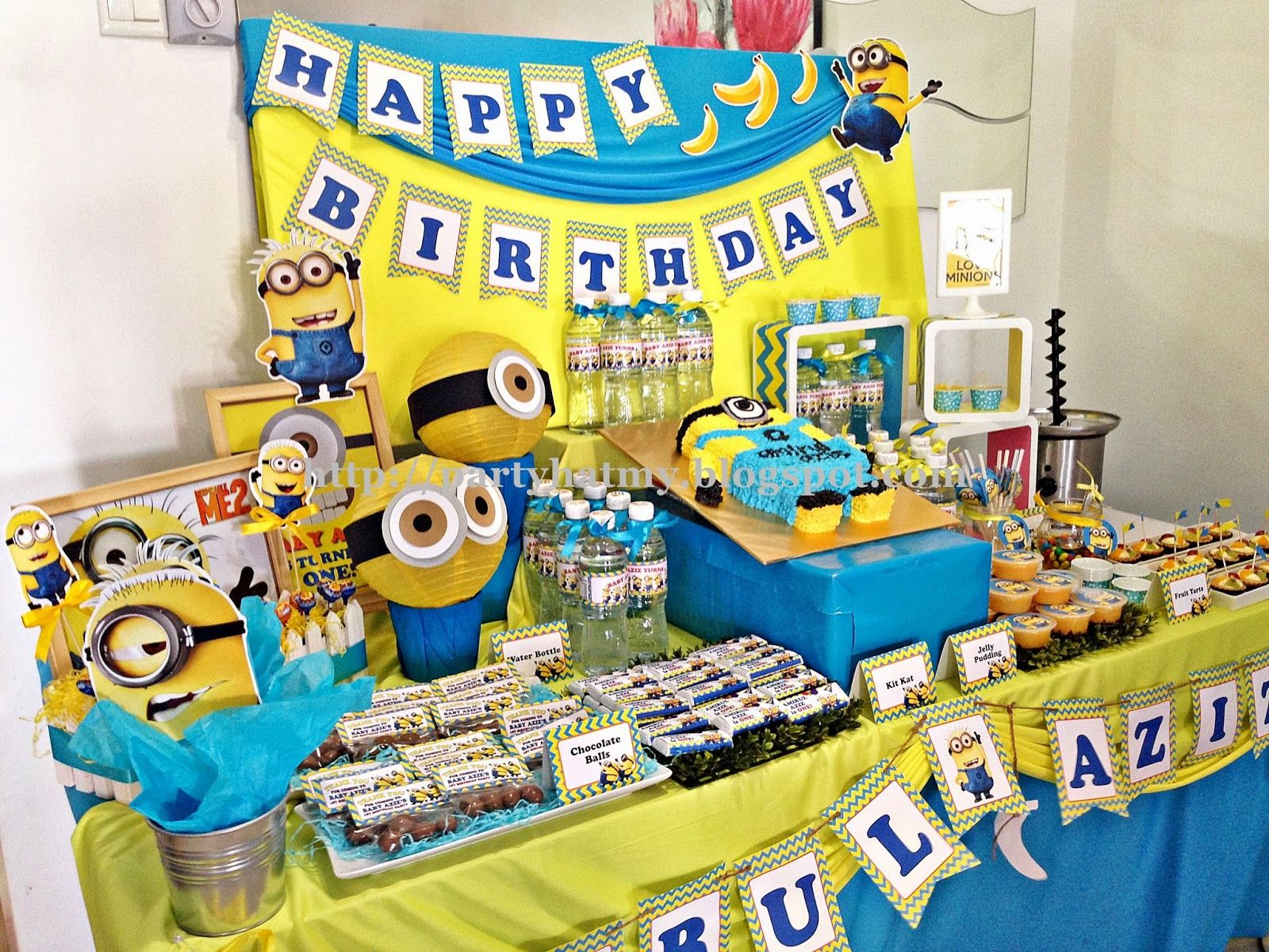 minion candy table