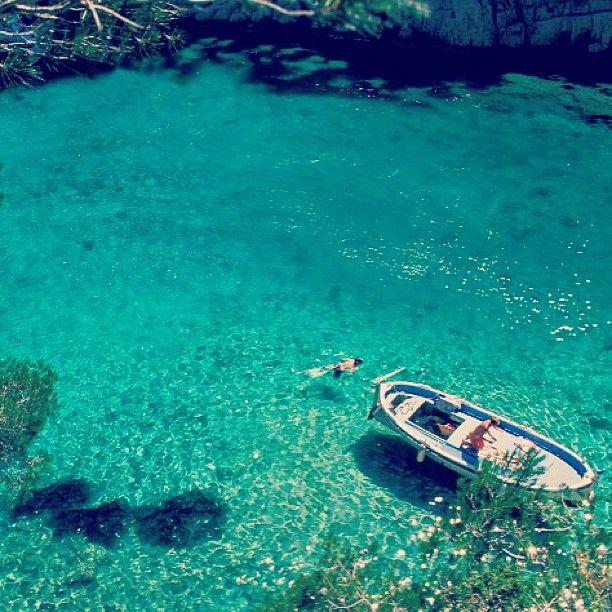 Les calanques #calanque #mediterranee #sea #sun #mer #france #pacatourism #pacatourisme #PACA #provencal #ocean #beach #tourism #tourisme #bleu #blue #tourismepaca #tourismpaca