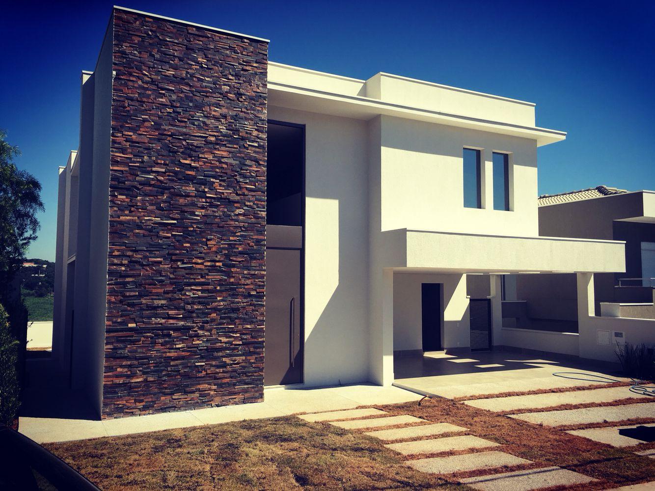 Pedraferro em fachada! Casa contemporânea Arquitecture