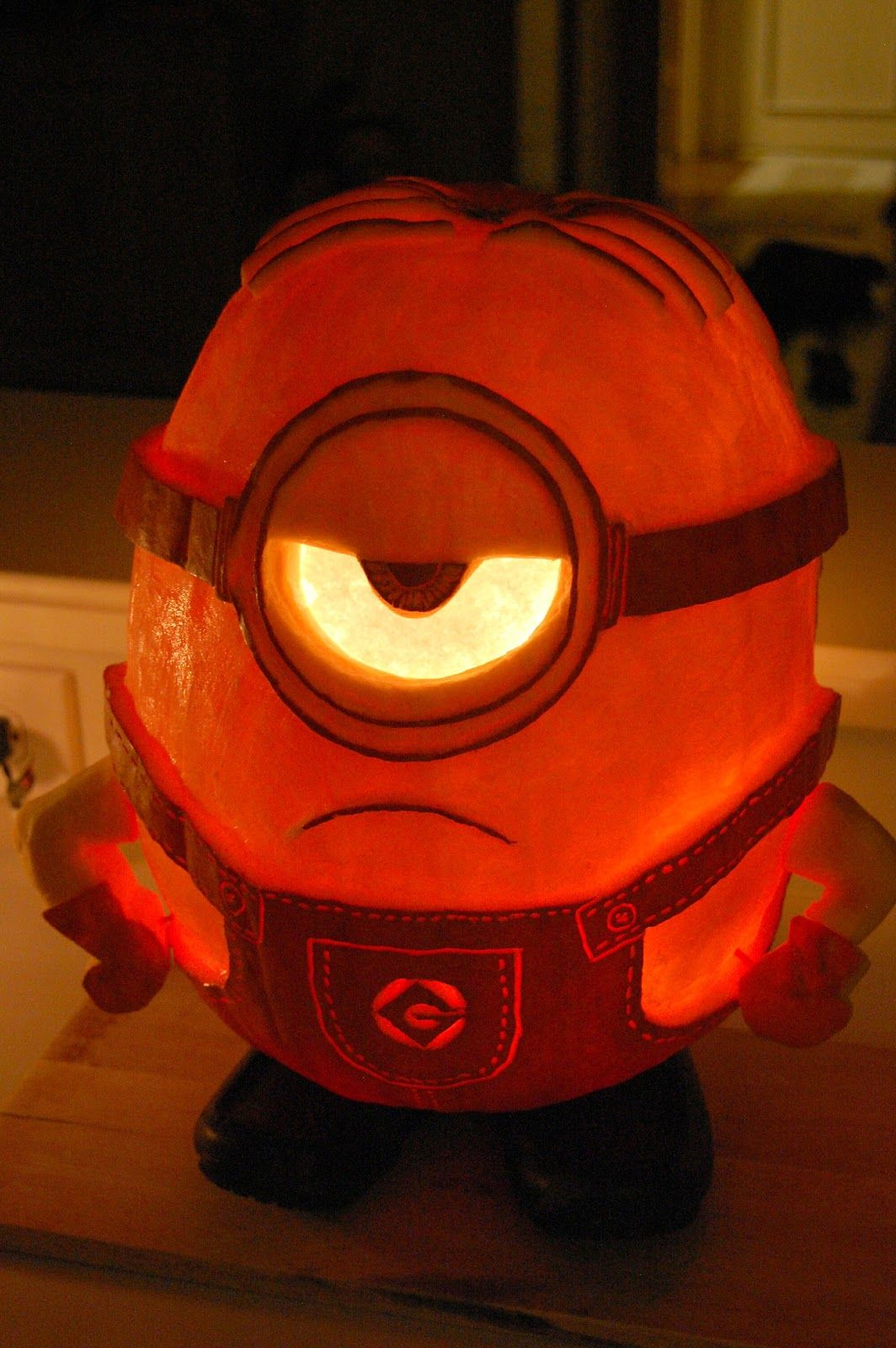 Pin by Krystina Burton on minion pumpkin project | Pinterest ...