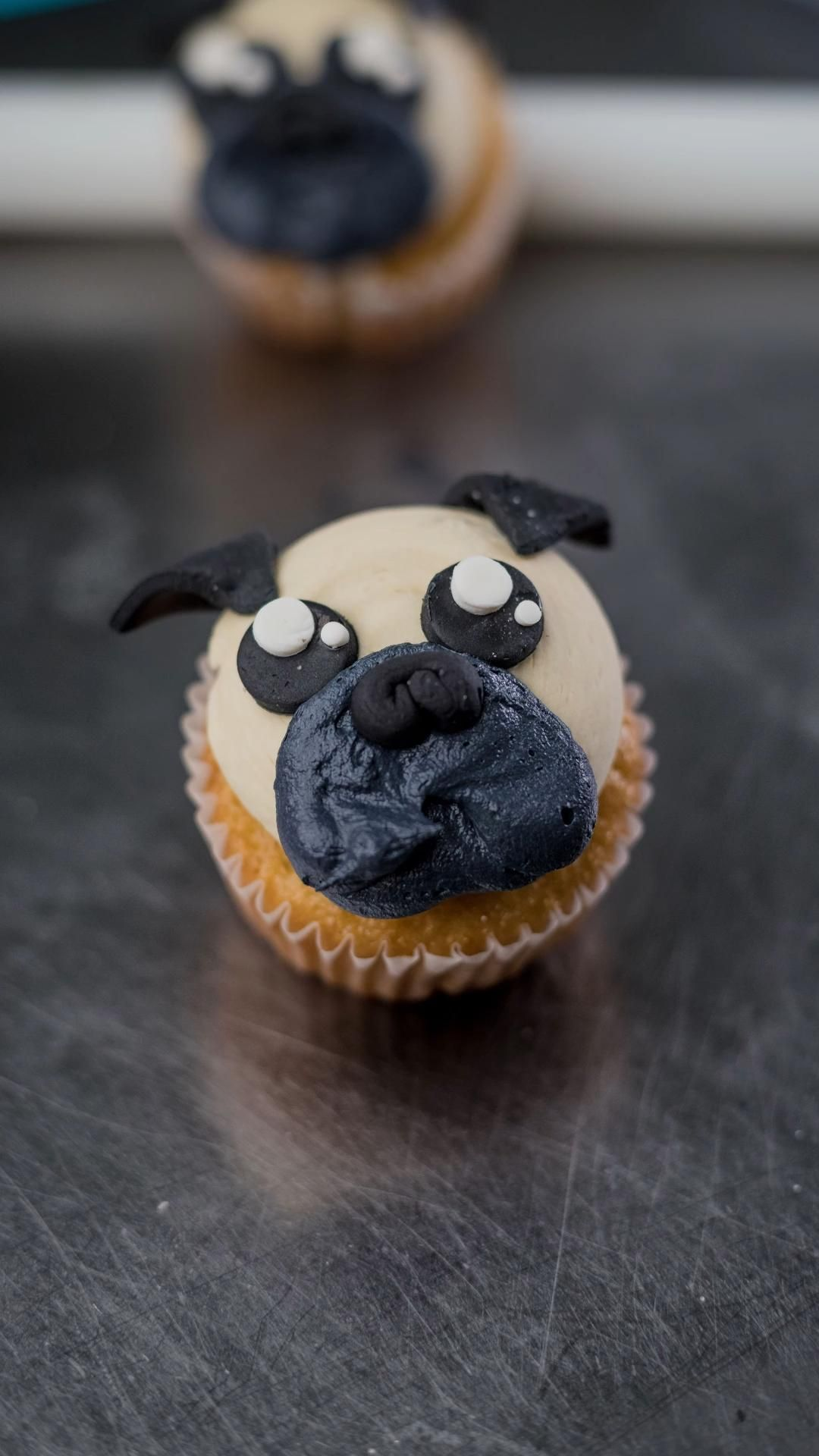 Pugs Cupcake