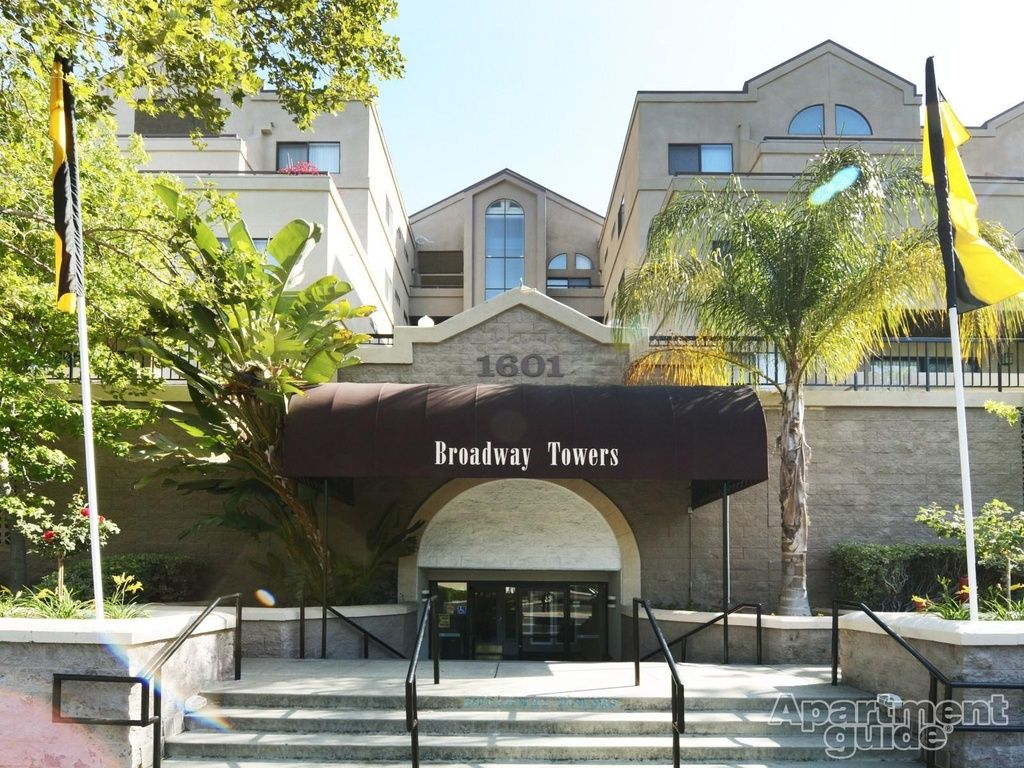 Apt Plan D Broadway Towers Apartment In Concord Ca Zillow Apartment Guide Apartment Zillow