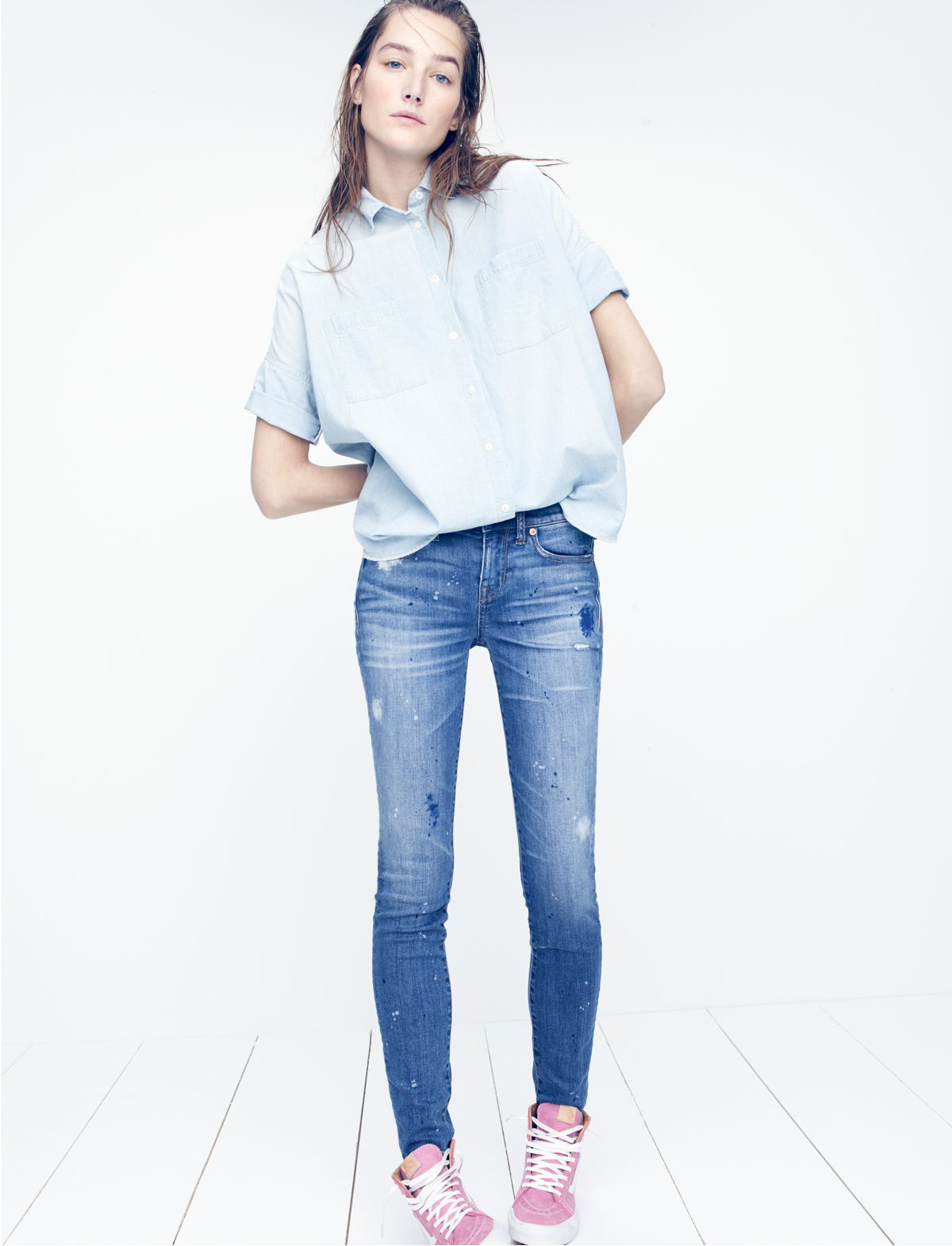 madewell chambray courier shirt worn with the skinny skinny jeans: painter edition + vans® leather high-top sneakers.