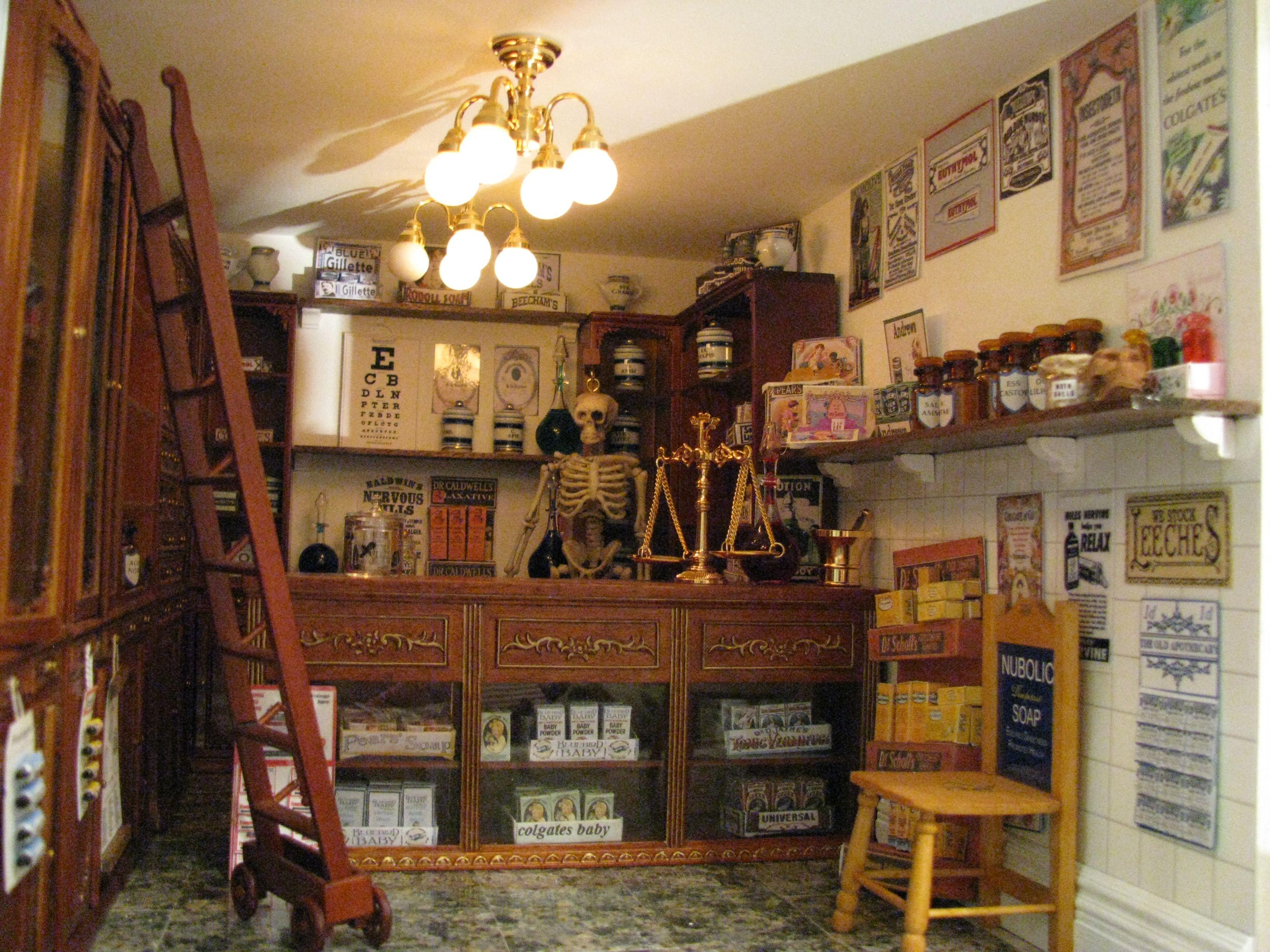 Pharmacy service design miniatures store