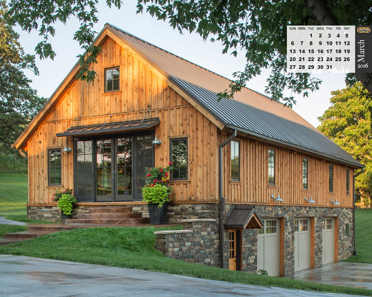 Barn wood home projects photo galleries ponderosa for Gambrel barn plans with living quarters