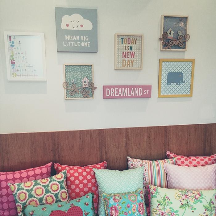 os quadrinhos ajudam a dar personalidade e um ar mais divertido para os quartos dos pequenos ♡ são vaaaárias opções de posters para compor com os temas e um infinito de possibilidades de combinações!  quarto bebê, kids, criança, quadros, decoração, dicas de decoração