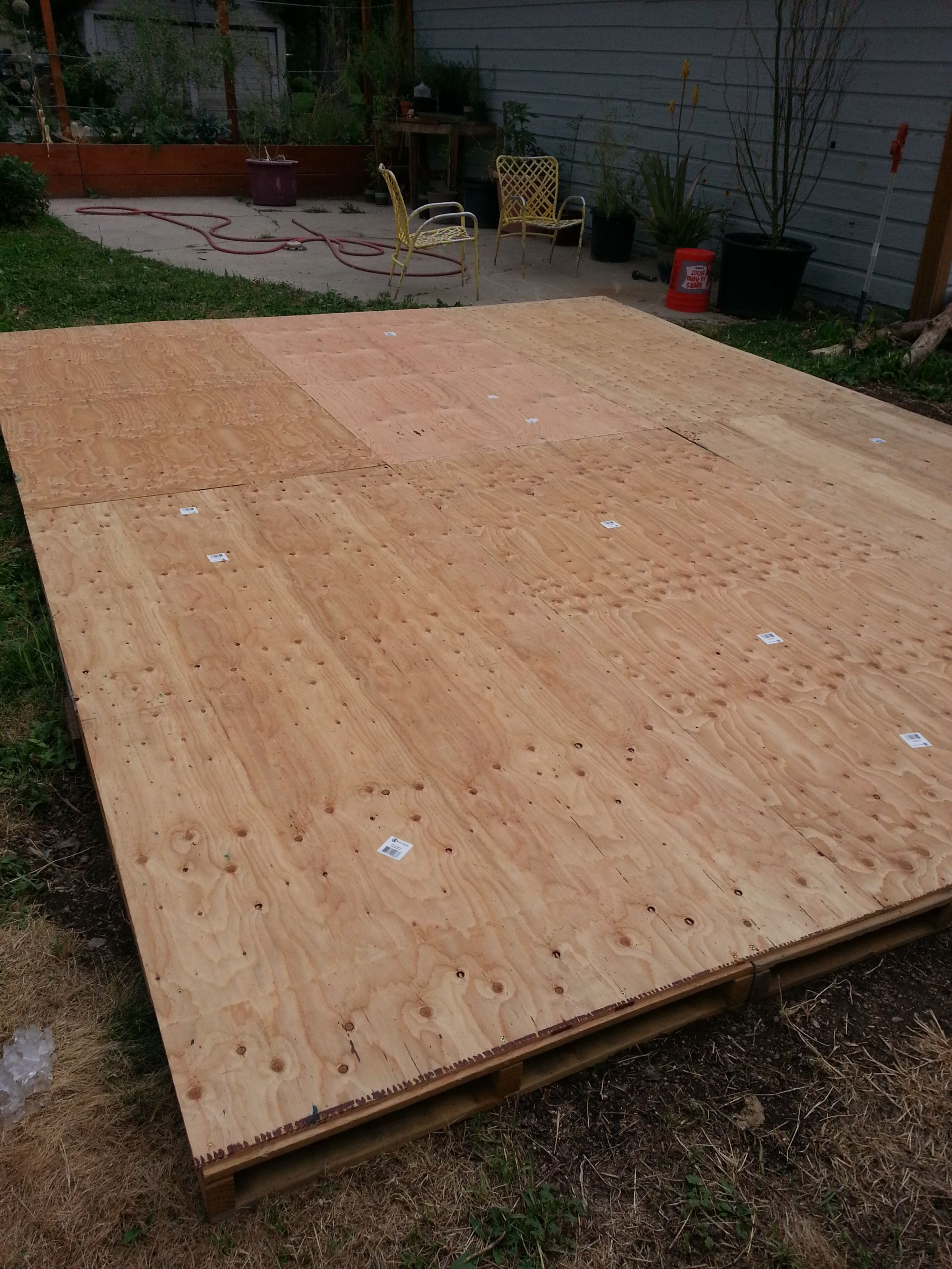 Creating a Dance Floor from Recycled Pallets  landscape