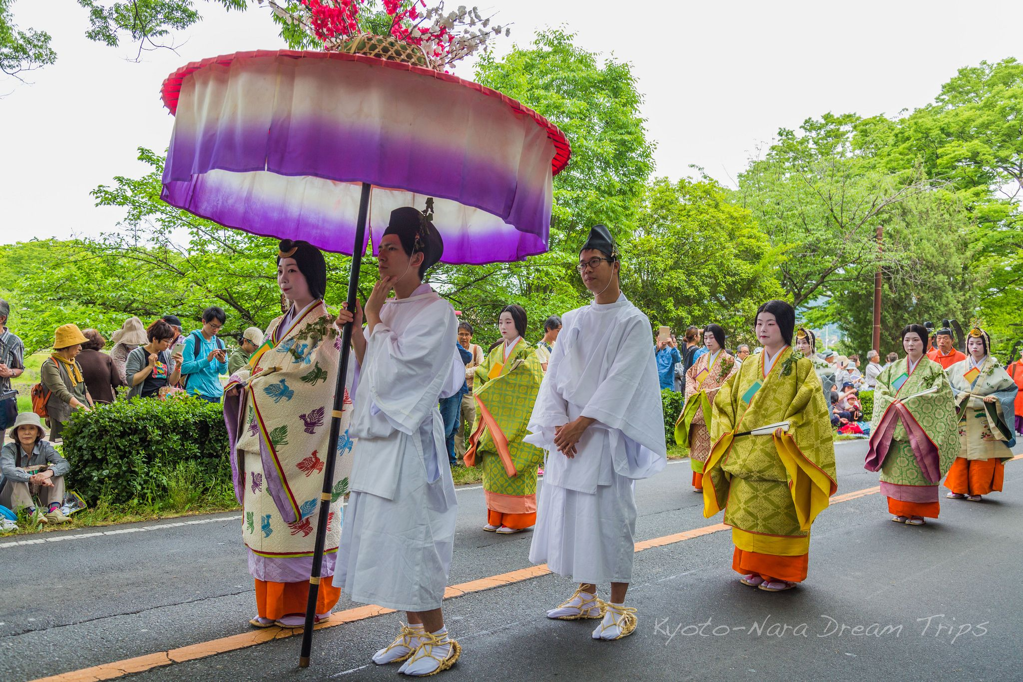 https://flic.kr/p/TArxpe | Aoi Matsuri Procession Along the Kamo River in Kyoto, Japan. | Some of the different personages of the Aoi Matsuri (葵祭) 2017 walking along the Kamo Kaido road. They are headed for the Kamigamo shrine the final stop of this matsuri.