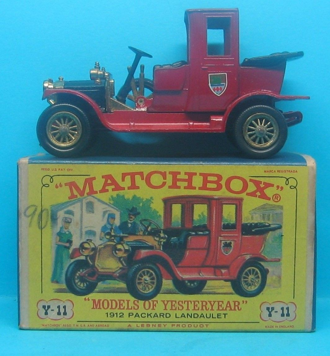 Toys car and truck  cus MATCHBOX Models of Yesteryear  Packard Fire Y TOY CAR