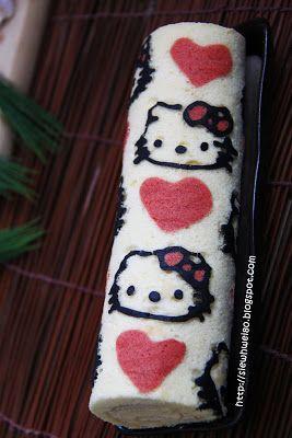 SiewHwei's Kitchen - Hello Kitty decorated swiss roll