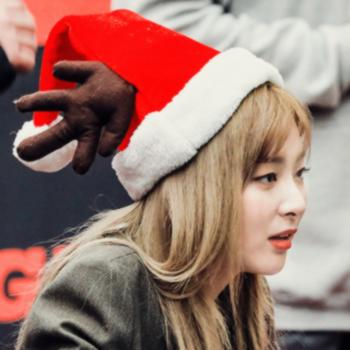 Hiatus Winter Aesthetic Christmas Icons Candy Girl