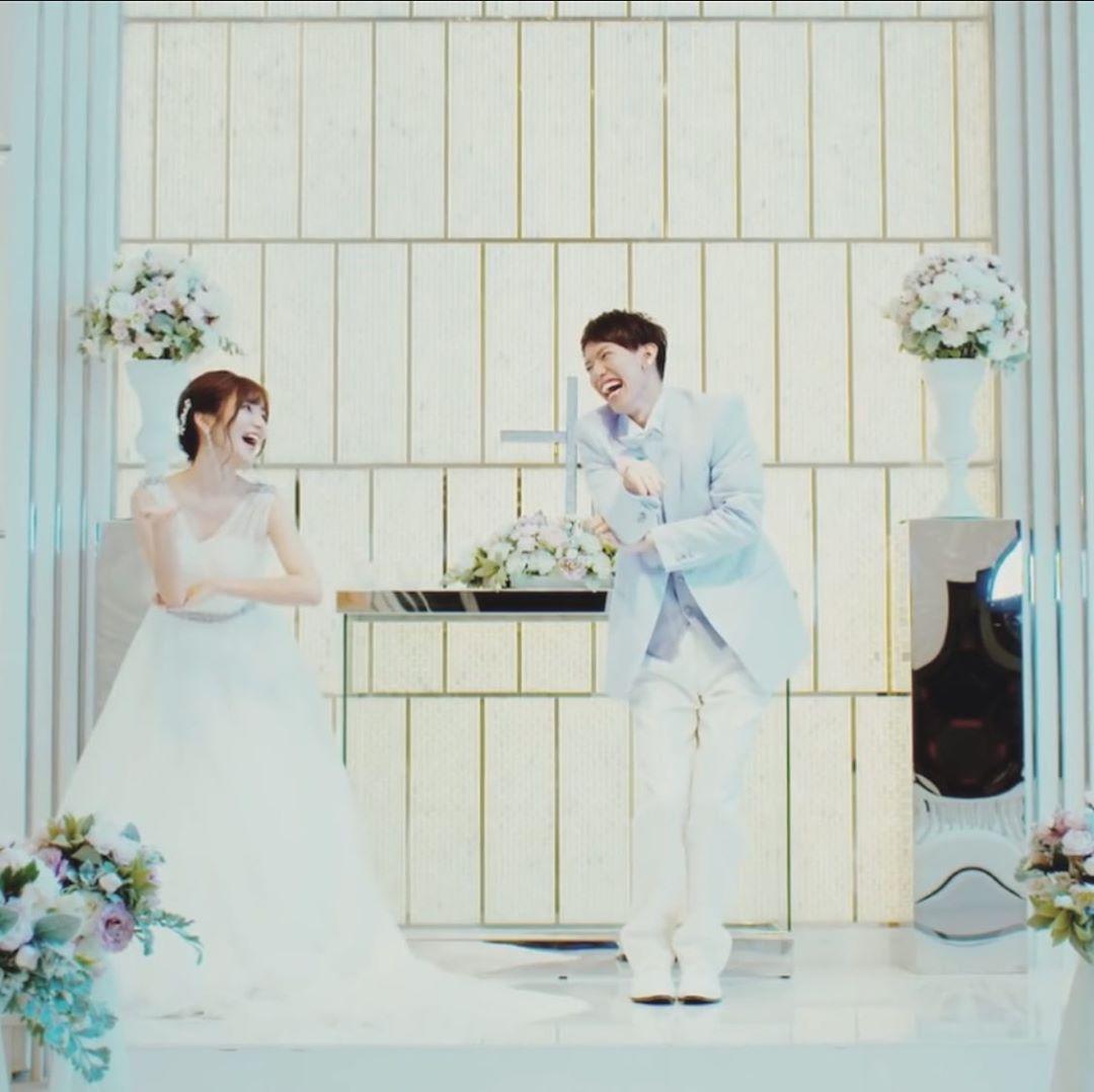 Karin On Instagram 実話 かす お疲れ様でしたぁ かすの100万人記念動画として1本の動画を撮り終えた やり切った感満載の笑顔で笑うかす 数ヶ月前 かす テオくんに頼みたいこ Wedding Dresses Dresses Wedding