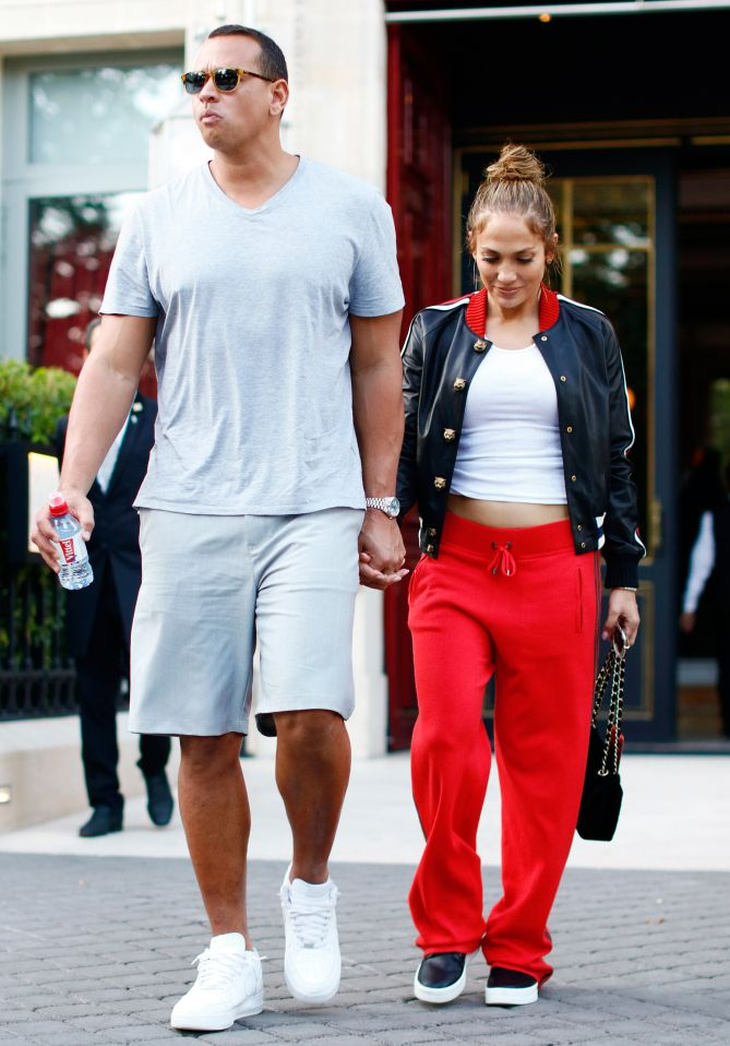 bf96f6bef8 Couple Goals! Jennifer Lopez and Alex Rodriguez s Super-Stylish Date ...