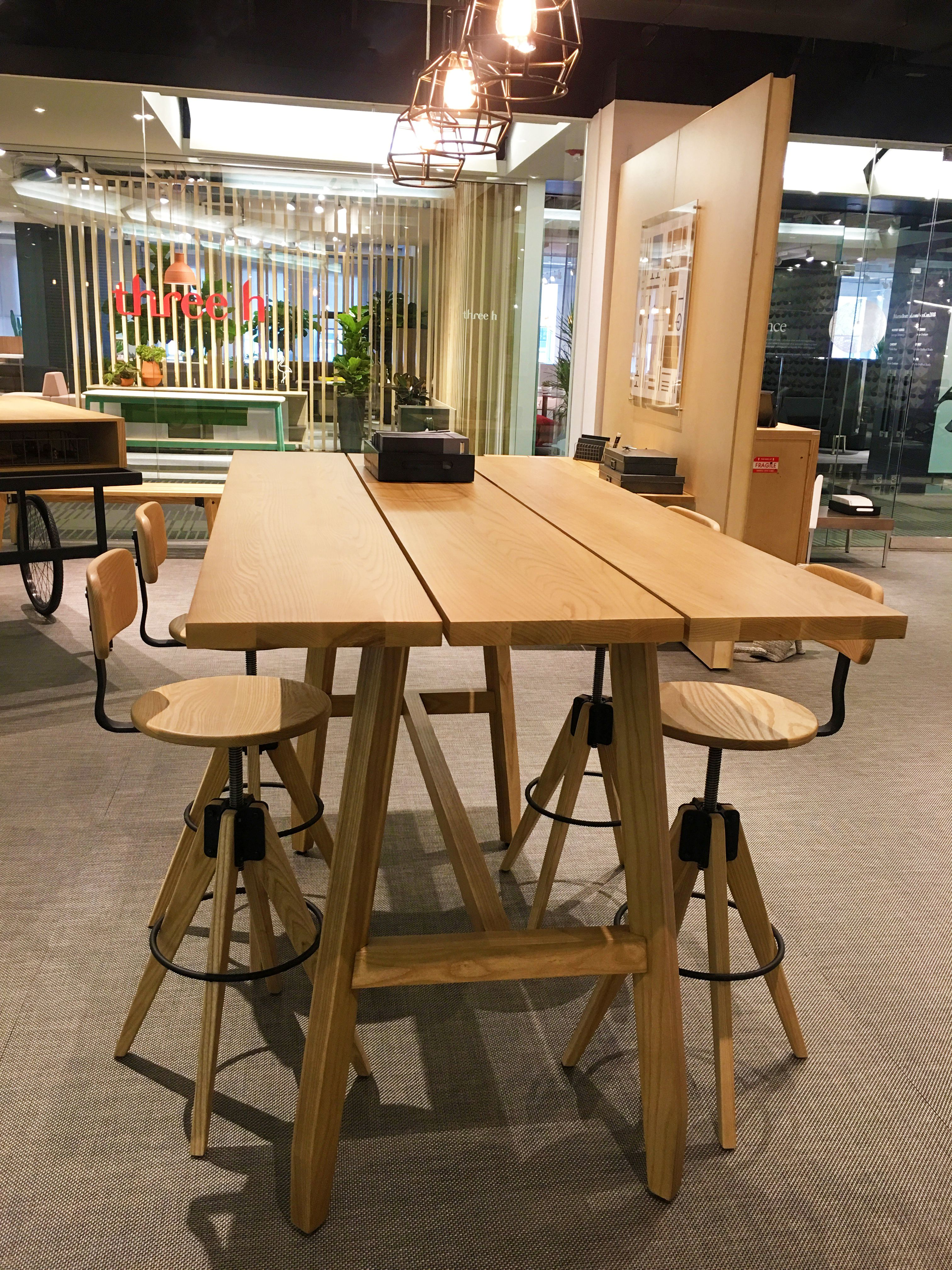 Modern Office Design Inspiration Featuring Arcadia S Delen Table