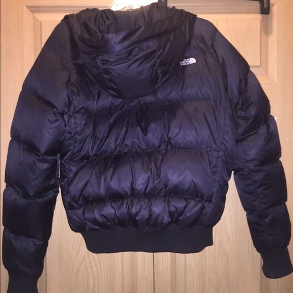 North face coat Basically brand new. Worn a few times. 9/10 condition. Size L. North Face Jackets & Coats Puffers