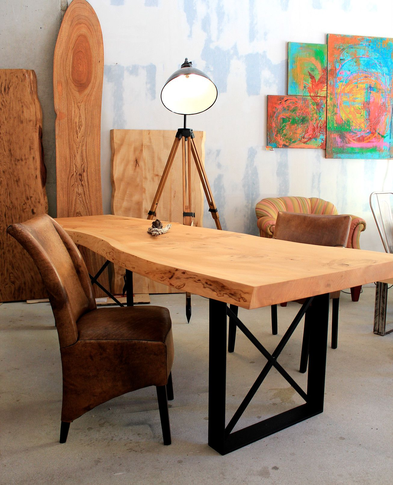 Esstisch Massivholztisch Holztisch nach Maß Naturkante