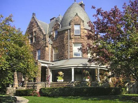 1890 Richardsonian Romanesque in Cincinnati Ohio Old