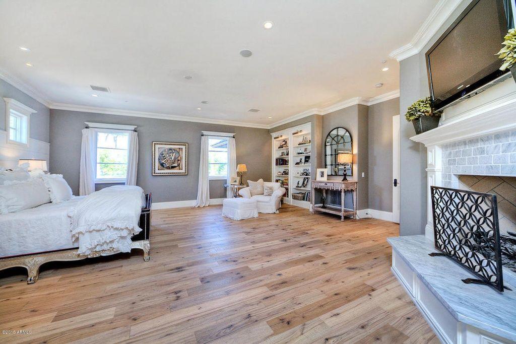 Cottage Style Apartment Rental Guide Zillow Digs Living Room Hardwood Floors Light Wood Floors Bedroom Wooden Floor