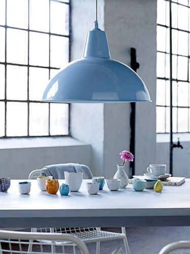 Inspirations déco, bleu pastel | Serenity, Pastels and Warehouse ...