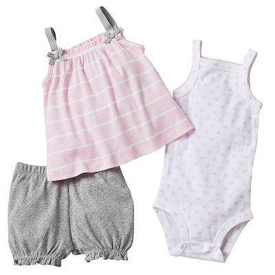 So cute! I love the little shorts!