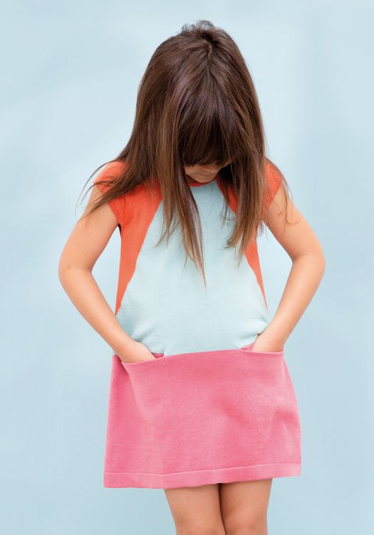 I sooo adore that dress. color blocking perfection!!! Aymara knitwear - Collection Kids & Women