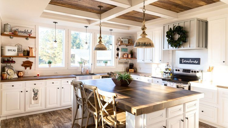 Want a 'Fixer Upper' Farmhouse-Style Home for $60K? Here's How to Get It #modernfarmhousestyle