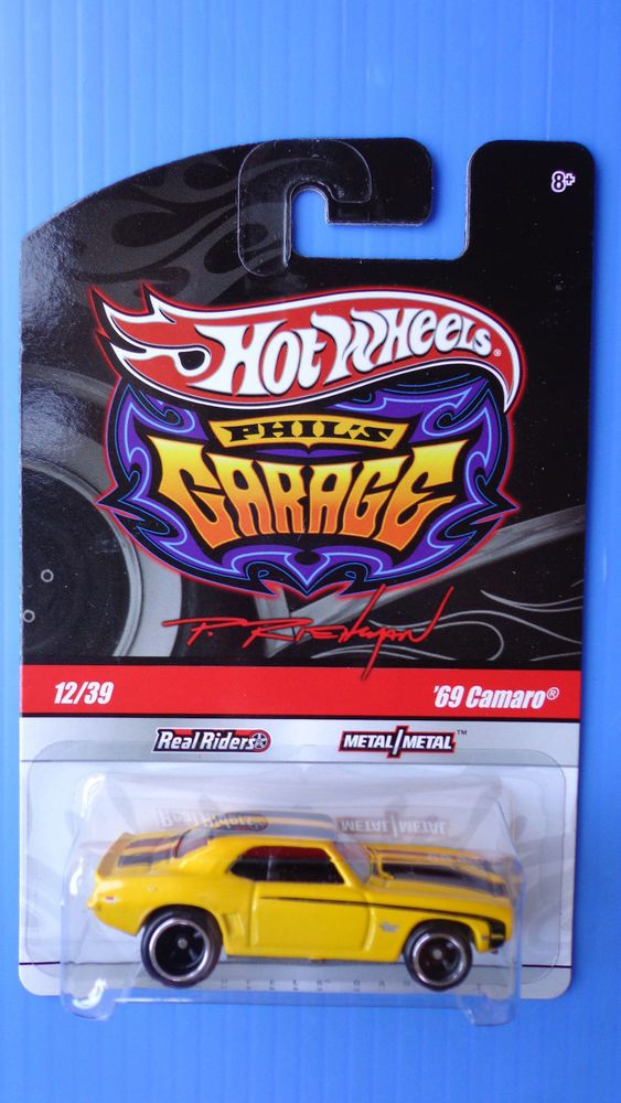 2009 Hot Wheels   69 CAMARO   Garage Real Riders Very Hard To Find