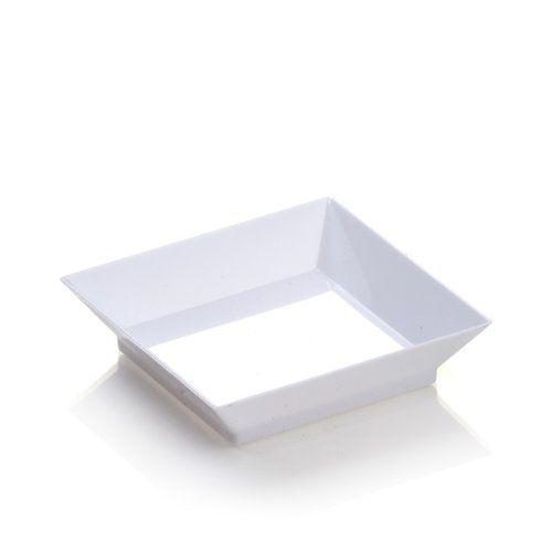 Restaurantware Mini Modern Plate 100 count box, White Restaurantware http://www.amazon.com/dp/B00DOOG95Y/ref=cm_sw_r_pi_dp_Pa7Otb0W32VQ37P8