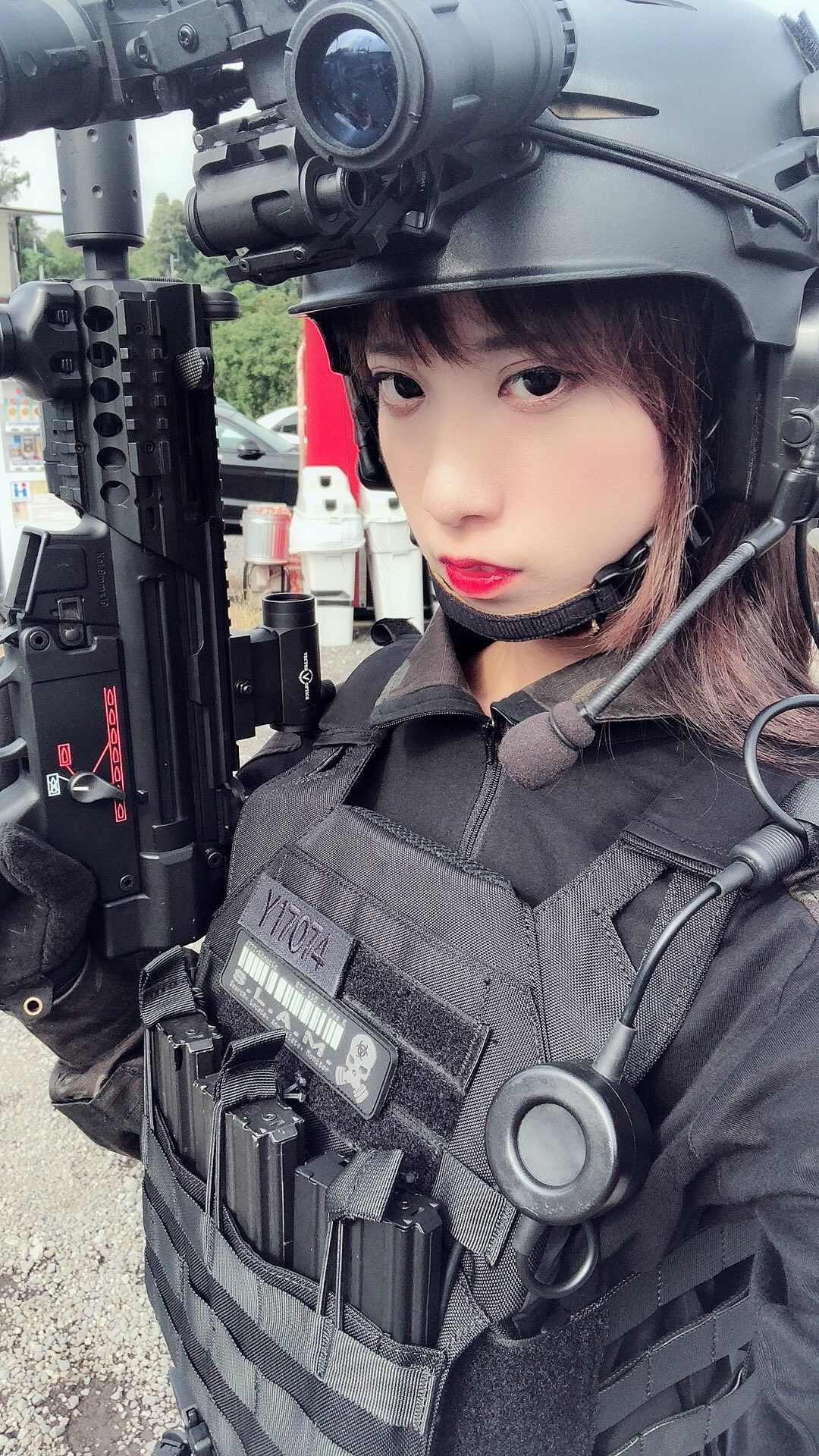 asian-girls-military