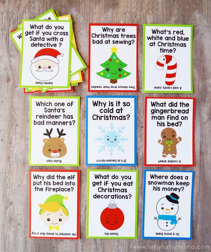 Free Printable Christmas Lunch Box Jokes at artsyfartsymama.com