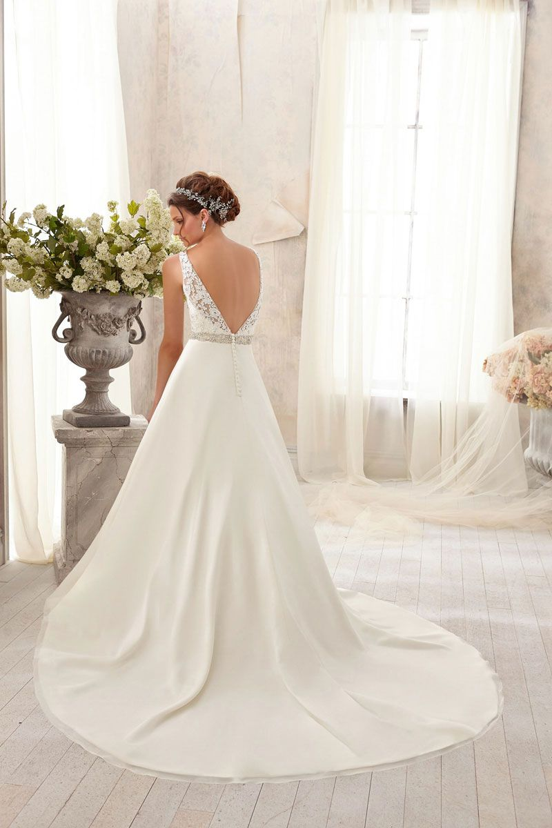 Scoop V-back Natural Waist Satin,lace Chapel Train Wedding Dress picture 3