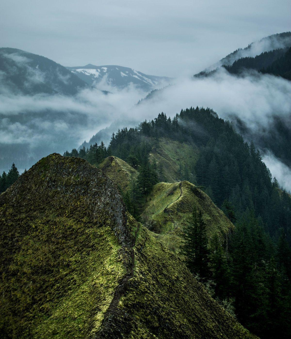 Photo By Patrick Marre Mountain Photos Mountain Landscape Cascade Locks
